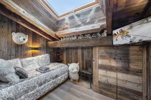 chalet_crystal_white_42