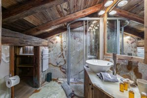 chalet_crystal_white_45