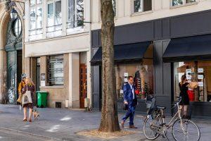 Rue Montmartre II