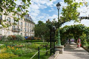 Rue Barye