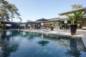 Villa True