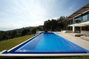 Magnificent villa with sea view